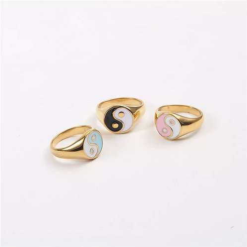 Cali Ying Yang ring