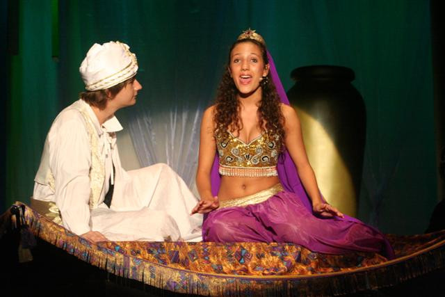 Tweed Theatre Aladdin