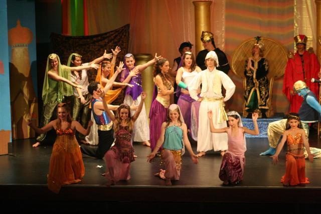Tweed Theatre - Aladin