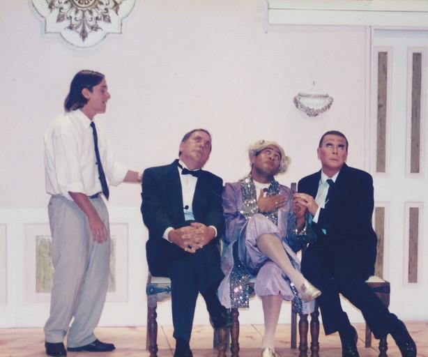 La Cage Wal, Kane and Tony plus son.jpg