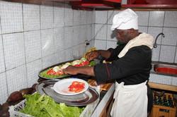 1200px-Cuisinier.jpg
