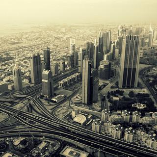 AVGraphy - At The Top Dubai - BW.JPG