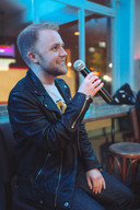 Lucy Tibbs Photography - Event Photography - Karaoke Pub Night