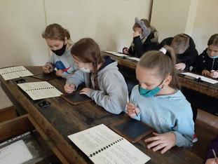 19. gadsimta skolas solā