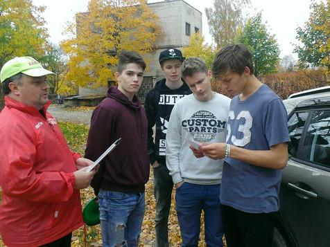 10.klases skolēni iepazīst Kandavu
