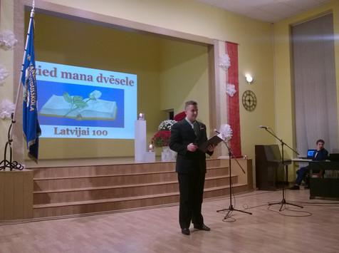 Svinam Latvijai - 100!