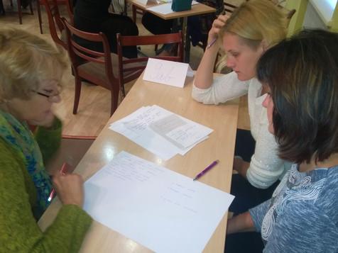 Skolotāji sadarbojas un mācās