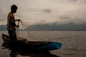Maninjau Lake, Sumatra // Indonesia