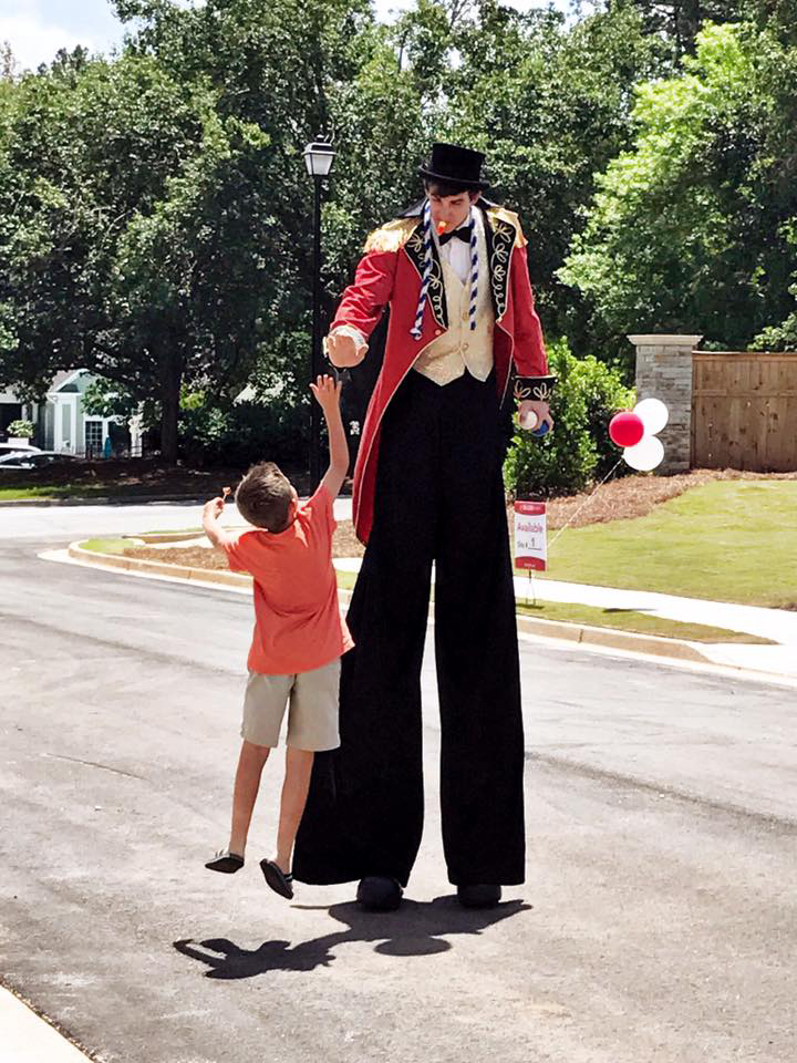 Best Georgia Stilt Walkers