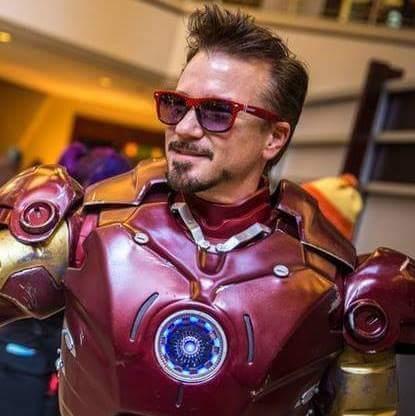 Robert Downey Junior Impersonator