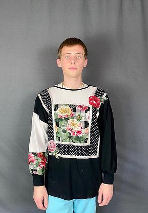 Graphic Patterned Rose Sweatshirt