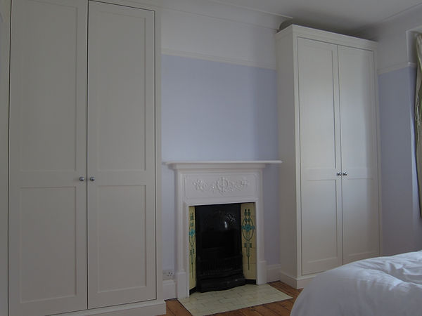 Alcove cabinets Richmond Twickenahm Teddington Esher London Kingston Kew Ealing Fulham Chelsea Putney Sheen Wimbledon Chiswick Wandsworth Clapham Alcove units Alcove cupboards Hammersmith Kensington St Margarets West London Alcove wardrobes floor to ceiling wardrobes Fitted wardrobes built in wardrobes Bookcases Shelves Cupboards Alcoves Alcove Surrey Clapham Fitted wardrobes Shaker wardrobes Bespoke London Teddington Barnes East Sheen Hampton