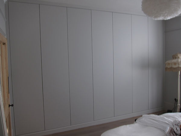 Alcove fitted wardrobes Richmond, Alcove fitted wardrobes Twickenahm, Alcove fitted wardrobes Teddington, Alcove fitted wardrobes Esher, fitted wardrobes London, Alcove fitted wardrobes Kingston, fitted wardrobes Kew, Alcove fitted wardrobes Ealing, Alcove fitted wardrobes Fulham, Alcove fitted wardrobes Chelsea, Alcove fitted wardrobes Putney, Alcove fitted wardrobes Sheen, Alcove fitted wardrobes Wimbledon, Alcove fitted wardrobes Chiswick, Alcove fitted wardrobes Wandsworth, Alcove fitted wardrobes Clapham, Alcove fitted wardrobes Hammersmith, Alcove fitted wardrobes Kensington, Alcove fitted wardrobes St Margarets, Alcove fitted wardrobes West London, Fitted wardrobes, built in wardrobes, Alcove fitted wardrobes Surrey, Alcove fitted wardrobes  Clapham, Alcove Fitted wardrobes, Shaker wardrobes, Bespoke Hand painted wardrobes,