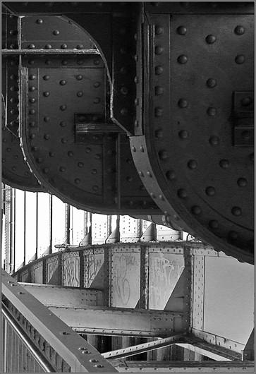 Die Schwere des Eisens  ⸧ | ⸦  The weight of Iron