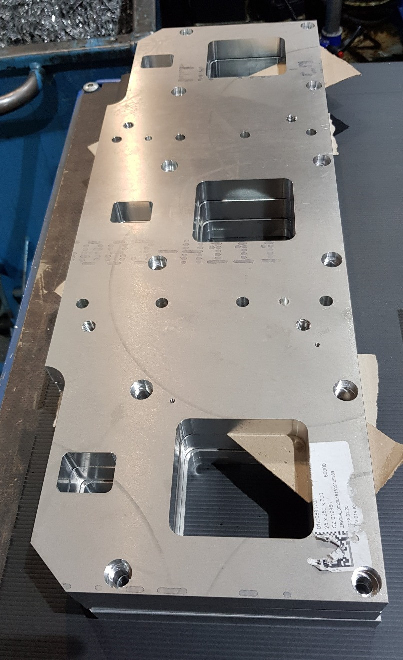 The first component of the Kneader in-feed system