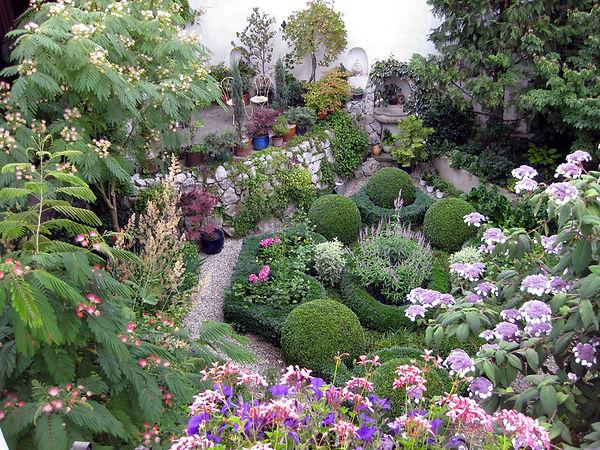 Schaugarten, Innenhof, Gartensanierung