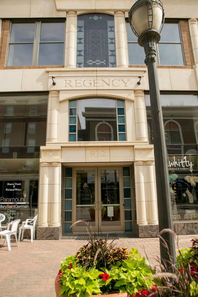 912 Regency Building