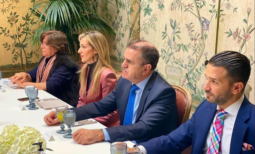 brunch académico para la industria del lujo con el gobierno de madrid