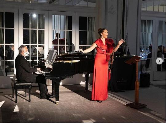 concierto de la soprano virginia tola en el westin palace de madrid