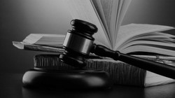 EXPERIENCED CRIMINAL LAWYER !