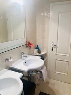 Bathroom Classic Double Room