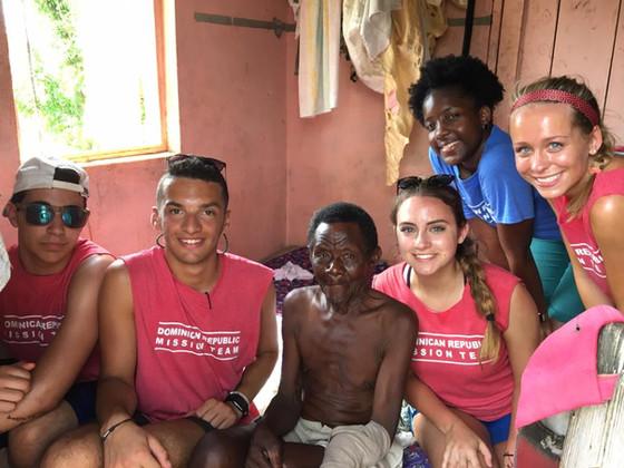 Follow the DR Mission Team in La Romana
