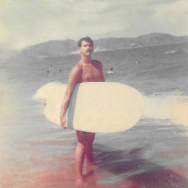 surfin_stefan_01.jpg