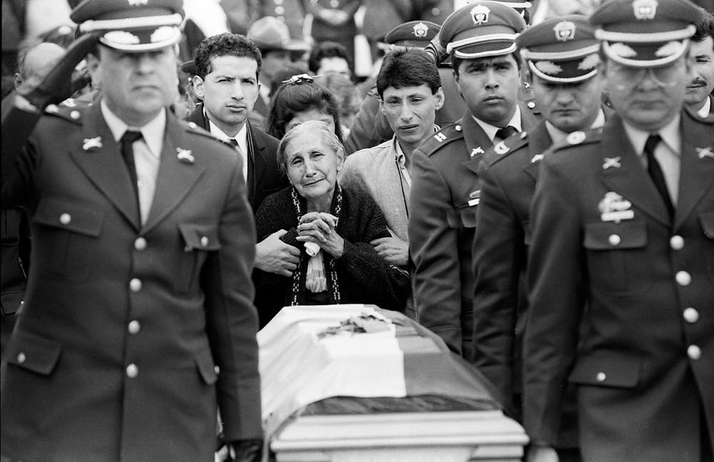 funeral, bogotá. 1993