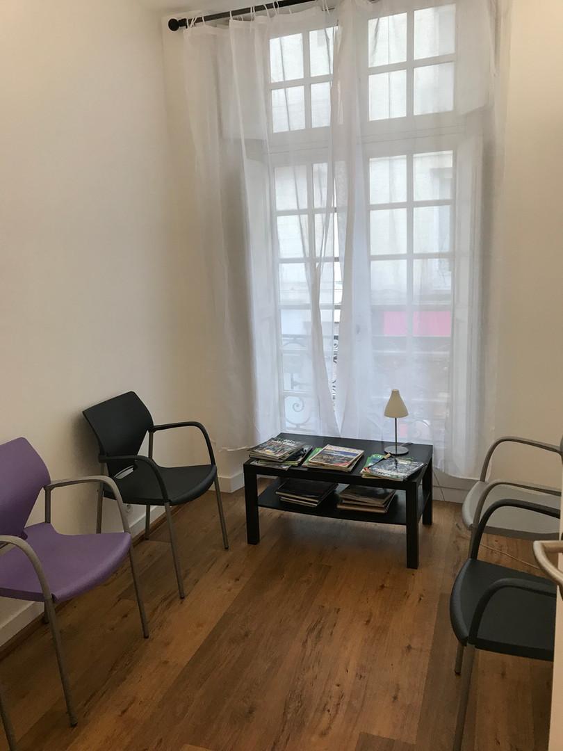 Salle d'attente psychologue à Nantes
