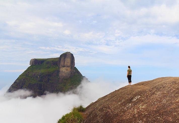 Фотосессия на Педра Бонита в Рио-де-Жанейро Photosession on Pedra Bonita Rock in Rio de Janeiro