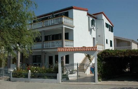 Villa MARY.jpg