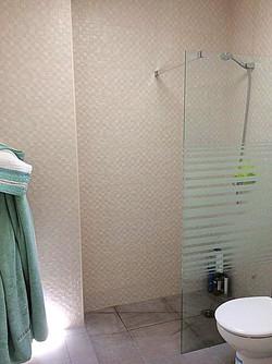 bathroom_edited