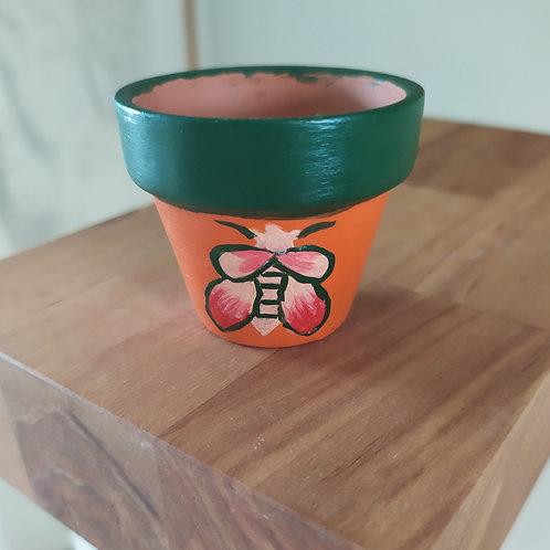 Mini Terracotta Pot - Beetle