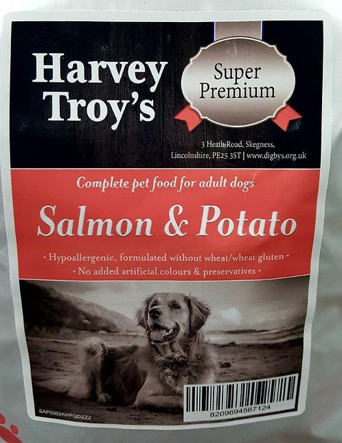 Harvey Troys Super Premium Salmon & Potato 12kg