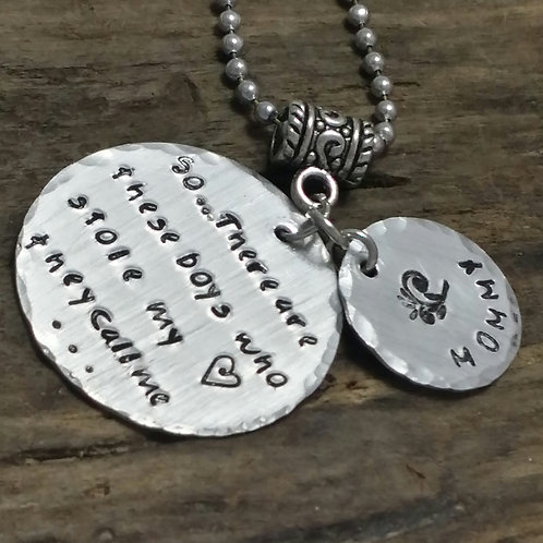 Mothers/Grandmothers Necklace