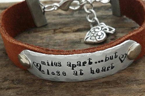 "Inspirational Bracelet ""Miles apart but..."""