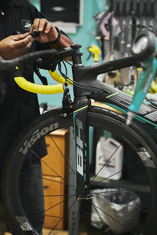 cykel-verkstad-reparation-örebro-norra.j