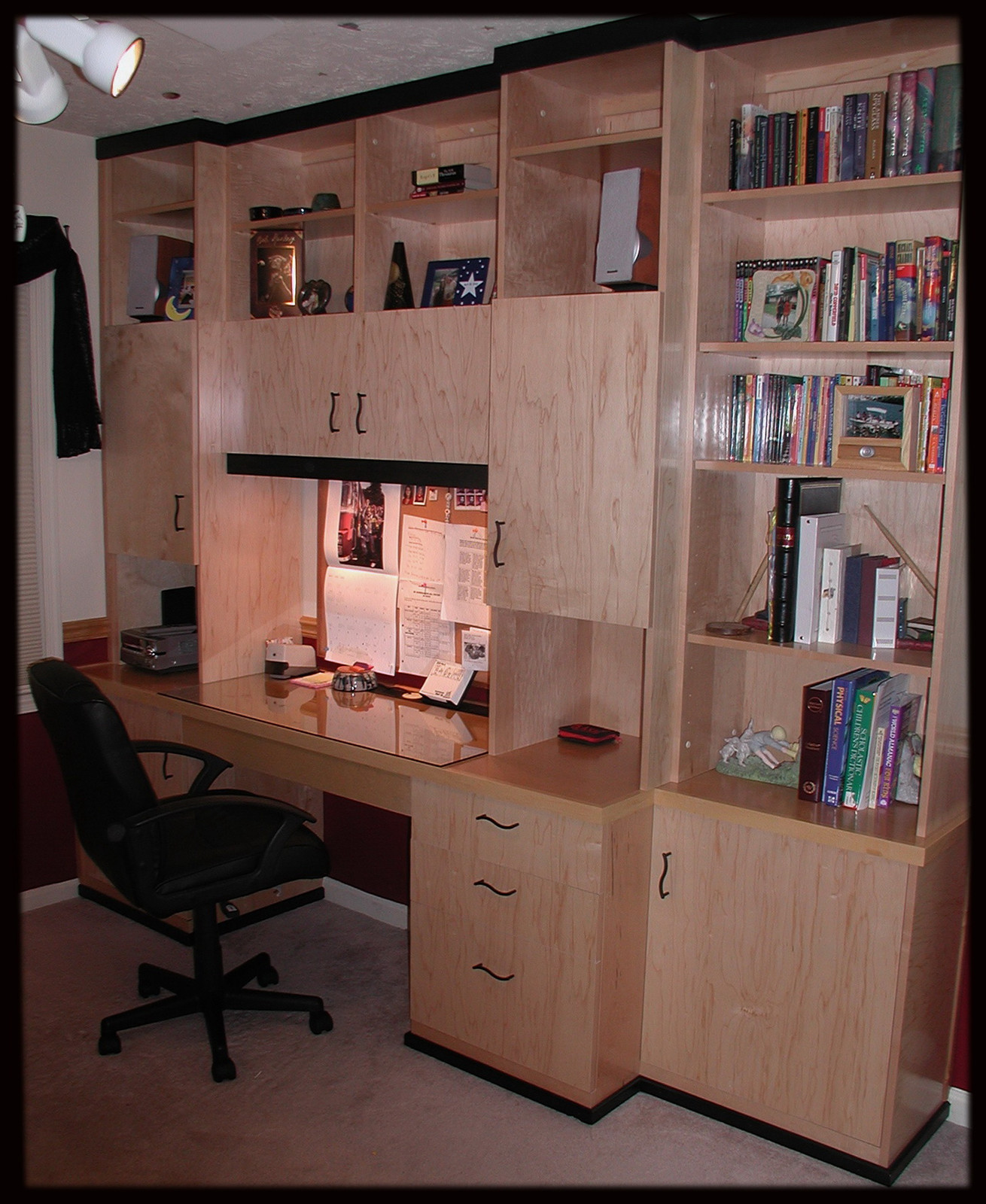 Bon #KR 5 Teenu0027s Contemporary Desk System Northern Virginia Custom Cabinets And  Shelves | Custom Cabinet | Manassas| Brave Custom Woodworking Solutions