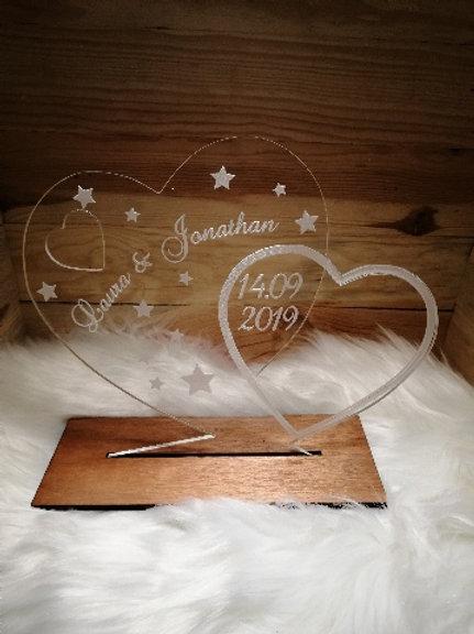 Décoration mariage en plexiglas personnalisable