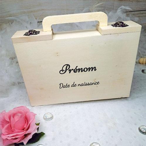 Petite valise tout en bois personnalisable