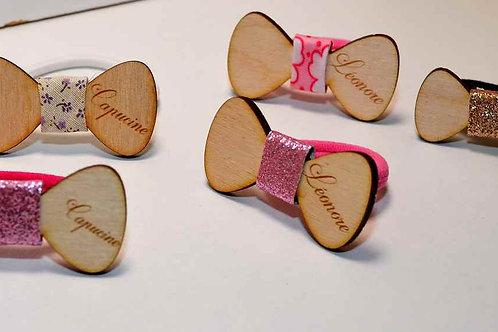 chouchou petite fille en bois personnalisé
