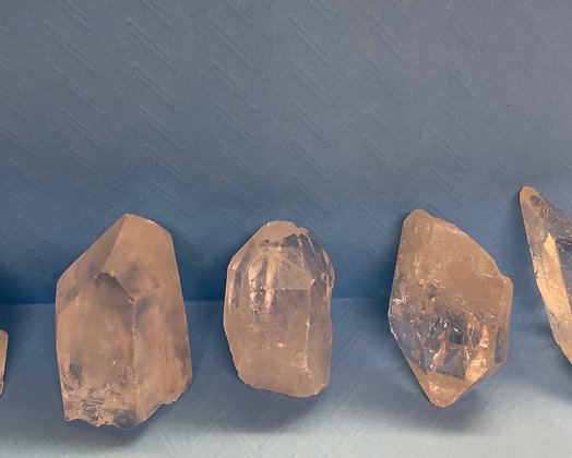 Quartz points - varying in size