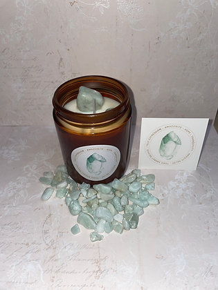 Amazonite aromatherapy candle for clear thinking