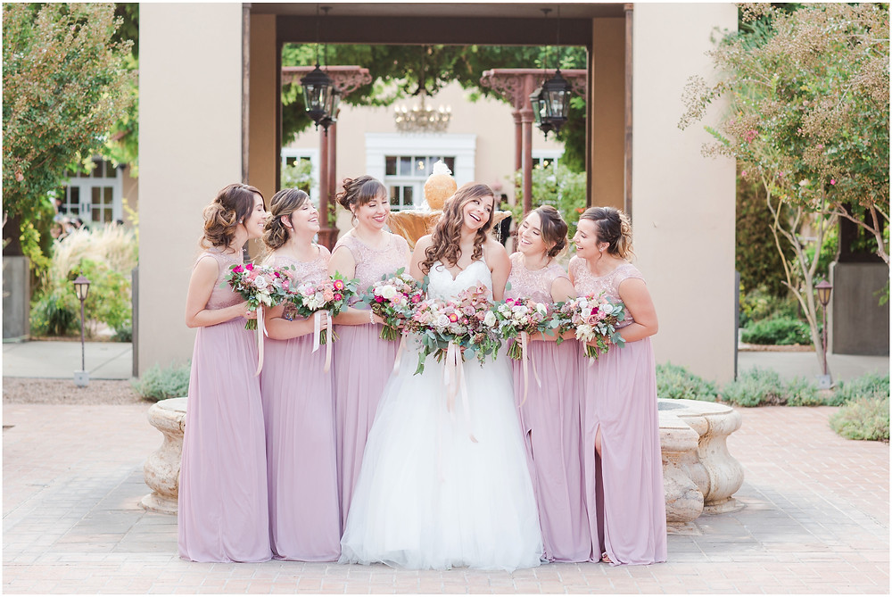 wedding at hotel albuquerque. new mexico wedding. outdoor wedding new mexico. albuquerque wedding. new mexico wedding photographer. Maura jane photography. Pink wedding. summer wedding. pink wedding bouquet. pink bridesmaids dresses.