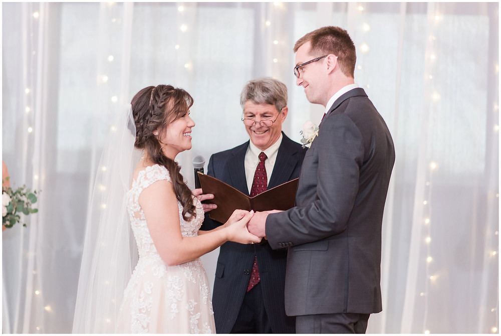 New Mexico wedding photographer. Albuquerque wedding photographer. Noahs event venue wedding. Pink and burgundy wedding. outdoor wedding portraits. indoor ceremony.