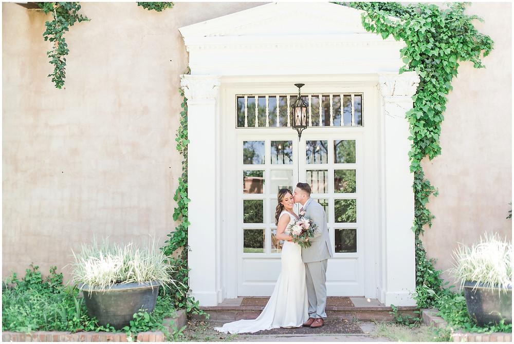 Wedding at Los Poblanos. Los Poblanos Wedding Venue. Albuquerque Wedding Photographer. New Mexico Wedding Photographer. Los Poblanos Lavender Farm. Albuquerque Bride.