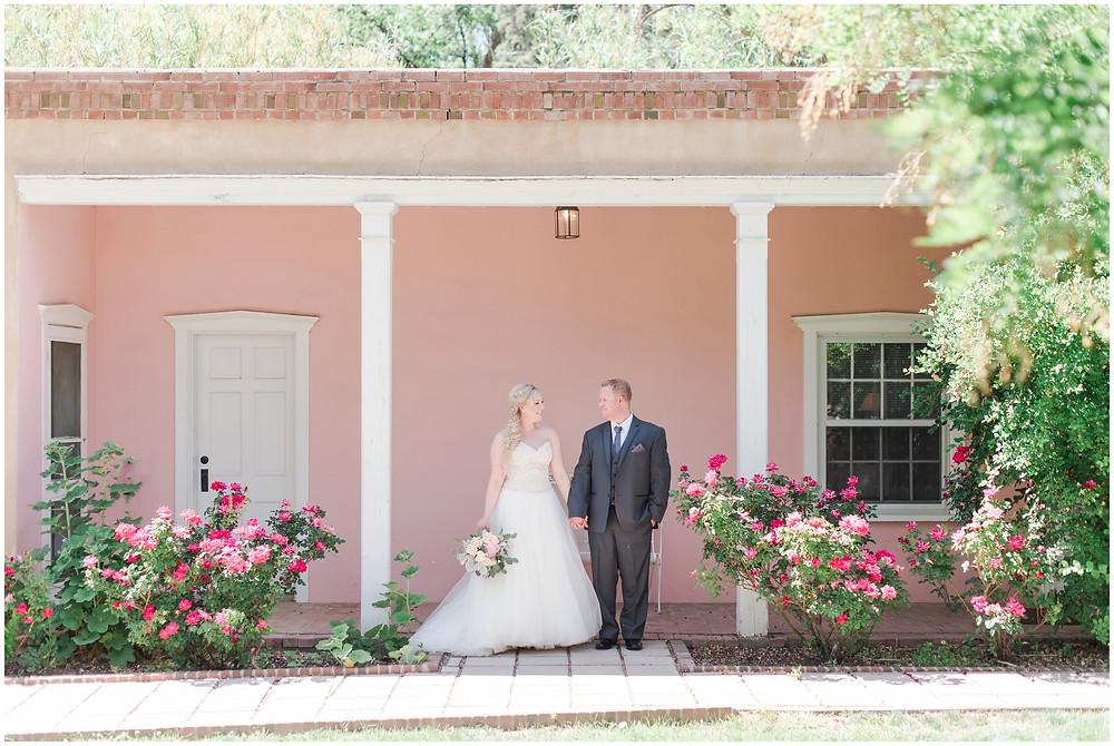 Los Poblanos Wedding Venue. Wedding at Los Poblanos. Albuquerque Wedding Photographer. New Mexico Wedding Photographer. Los Poblanos Lavender Farm. Pink Wedding.