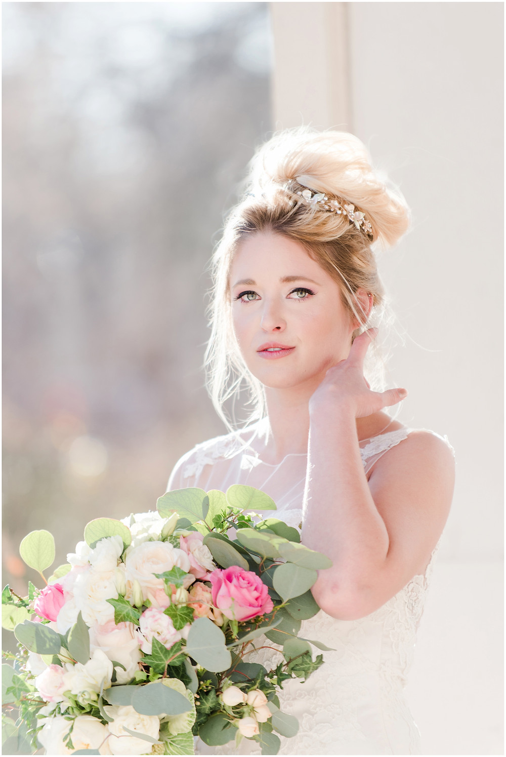 Bridal tiara. Blonde bride. Green eye wedding make up. Big messy bouquet. bouquet with peonies and roses