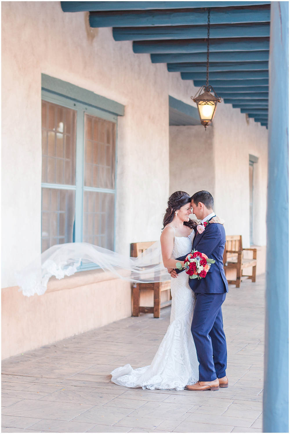 El Dorado Santa Fe. El Dorado Wedding. Santa Fe Wedding. Santa Fe Wedding Photographer. New Mexico Wedding. New Mexico Wedding Photographer. Lace Wedding Dress. Bold Bouquet. Bright Bouquet. Rose Bouquet.