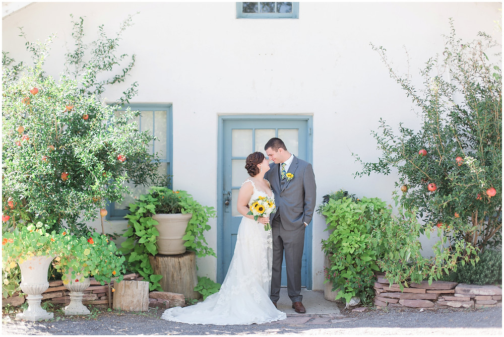 Wedding at Los Poblanos. Summer wedding New mexico. Outdoor wedding venue albuquerque. New Mexico Wedding Photographer.